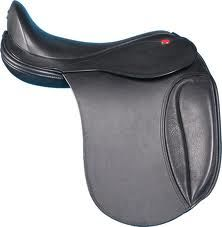 good dressage saddles: the Strada dressage saddle