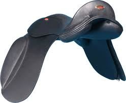 dressage saddles: Strada Luneville