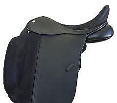 dressage saddles: huge knee blocks